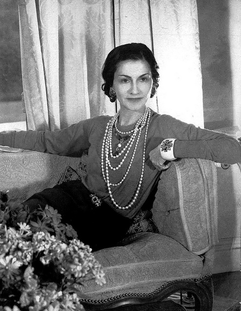 Chanel in 1936 by cecil Beaton in the Ritz