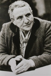 the literature and writing style of gertrude stein Gertrude stein essay examples  the writing style of gertrude stein 1,185 words  1 page an analysis of writing style in stanzas in meditation and patriarchal .