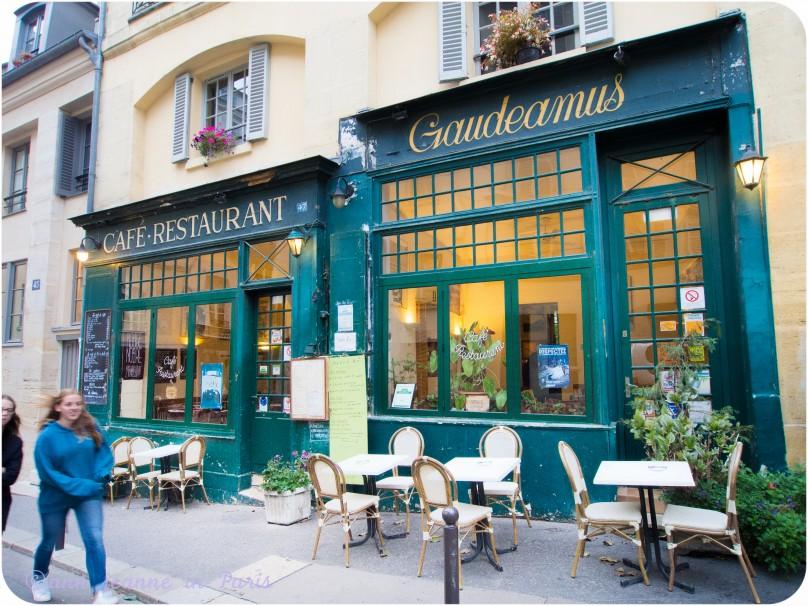 Restaurants, rue de la Montagne Sainte Genevieve