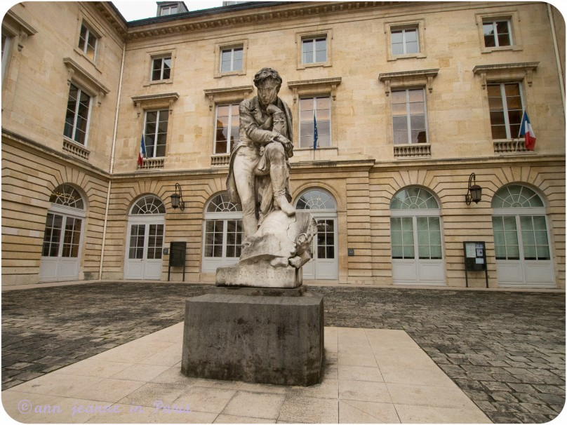 College de France courtyard