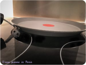 Pan for the crêpes