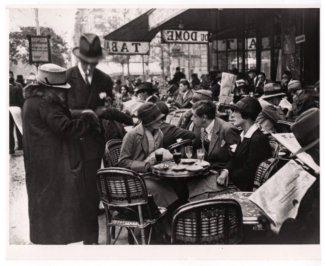 Le Dôme in the 30s