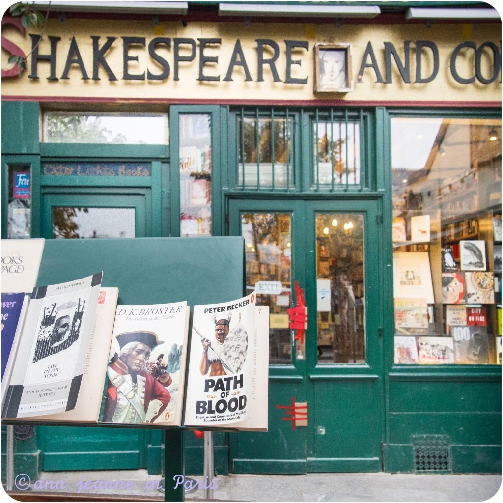 Shakespeare and Co rue de la Bucherie