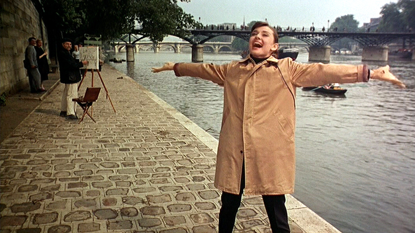 Singing on the shore of the Seine, in front of the Pont des Arts