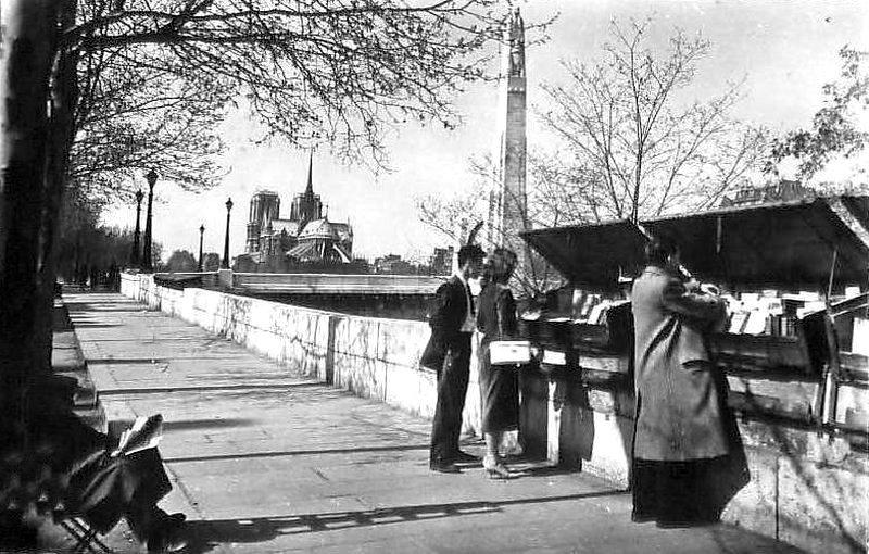 sur le quai de la Tournelle années 1950 - Paris 5e