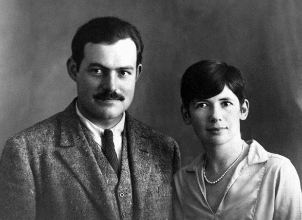 Ernest and Pauline Hemingway - Paris,_1927